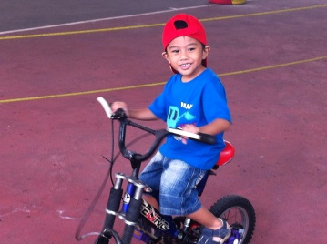 Pertama kali naik sepeda