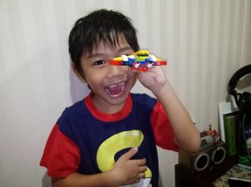 Bikin dinosaurus dari Lego ngga nyontek buku!